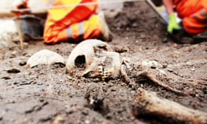 Crossrail to excavate burial ground
