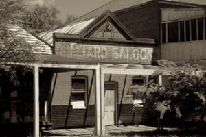 Cue in the rack: Marrar, NSW The old town ain't what she used to be....Marrar is a small farming town in the Riverina wheat belt North of Wagga Wagga, Pub still trades but not much else, though in its day the Billiards room would have been a happening place