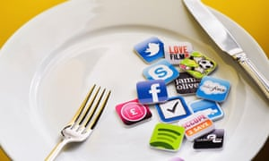 smartphone iphone android apps plate