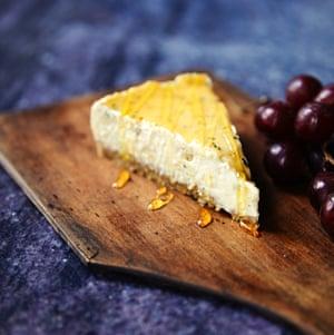 Ble cheese cheesecake