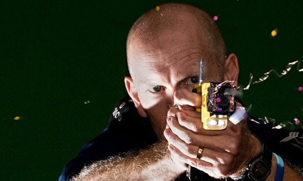 Police using Taser