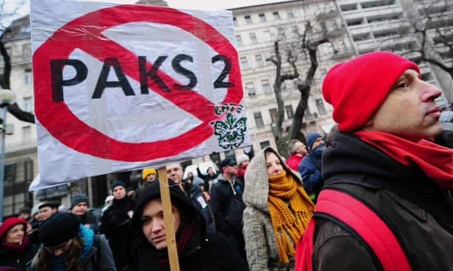 Demonstrators in Budapest protest against the government's energy policy and plan to expand the nuclear power plant
