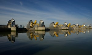 how much did the thames barrier cost