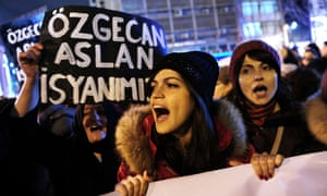 Istanbul protest against murder of Ozgecan Aslan