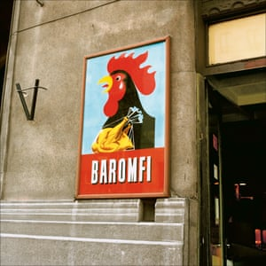 A poultry store in Budapest, 1988