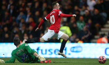 Wayne Rooney wins a penalty at Preston