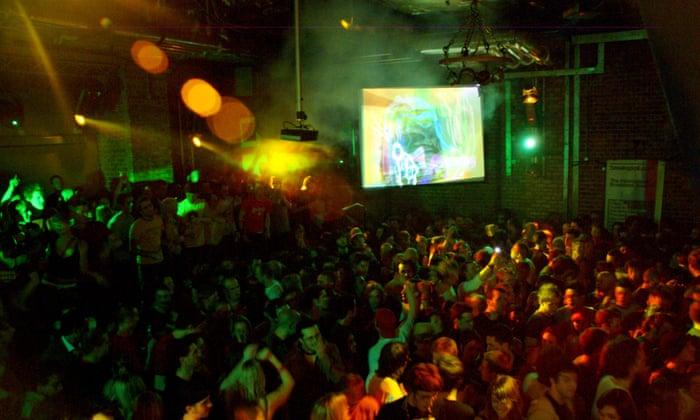 teen-party-club-srx-jessie-was-max-hardcore