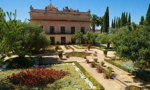 The gardens at the Alcazar de Jerez.