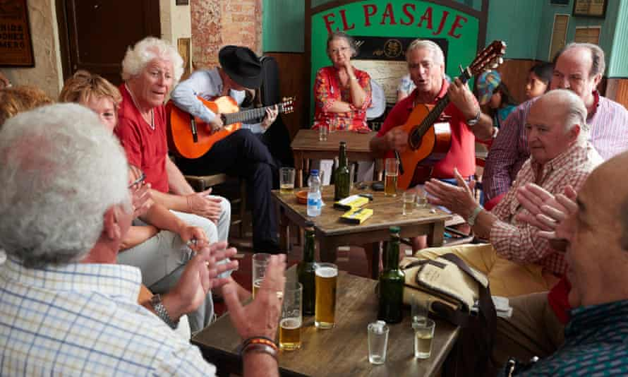 El Pasaje is a great bar in which to hear top quality flamenco.