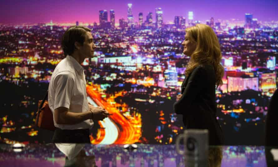Jake Gyllenhaal as Lou, with Rene Russo in Nightcrawler