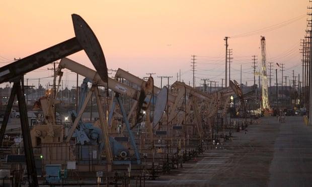 oil rig pumpjacks