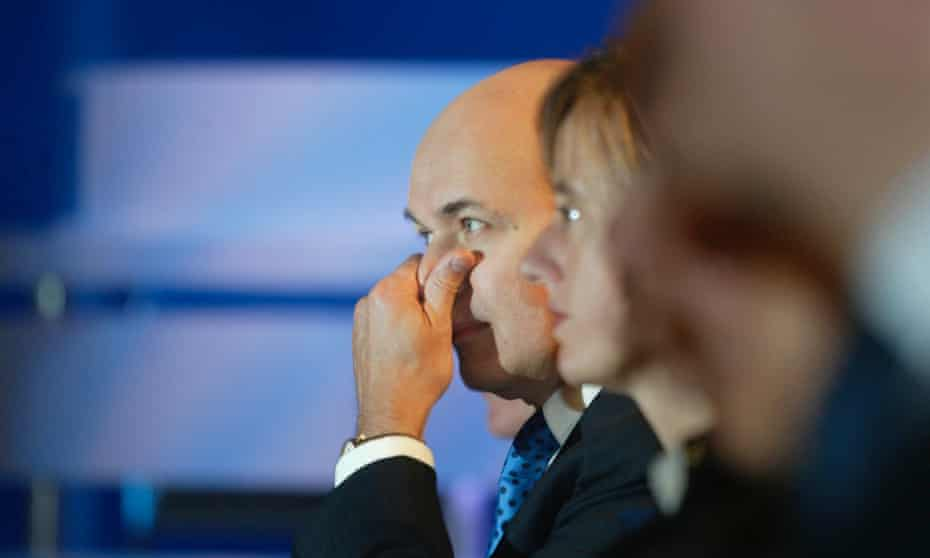 Conservative leader Iain Duncan Smith listens to Theresa May