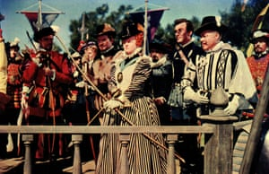 Bette Davies The Virgin Queen is a 1955 DeLuxe Color historical swashbuckling movie in CinemaScope which focused on the relationship between Elizabeth I of England and Sir Walter Raleigh, and was the second time Davis played the English monarch; the first was The Private Lives of Elizabeth and Essex (1939)