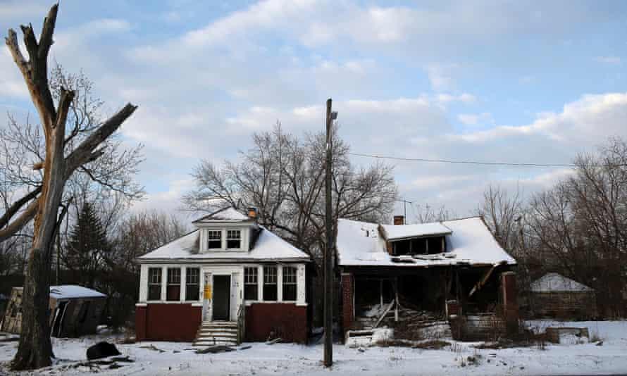 Abandoned Detroit houses.