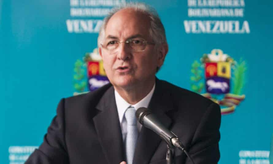 Antonio Ledezma at a 13 February press conference where he rejected the coup plot accusations.