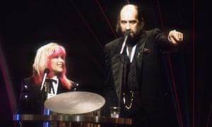 Presenters Samantha Fox and Mick Fleetwood the 1989 Brit awards.