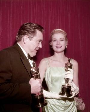 Edmond O'Brien with Grace Kelly in 1955