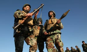 Kurdish Peshmerga fighters on the outskirts of Mosul