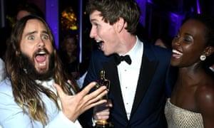 """Jared Leto, Eddie Redmayne, and Lupita Nyong'o att  the 2015 Vanity Fair Oscar Party"""