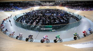 <strong>Day 3: </strong>Riders compete in the men's omnium scratch race