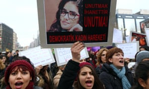 Women Turkey protest Ozgecan Aslan
