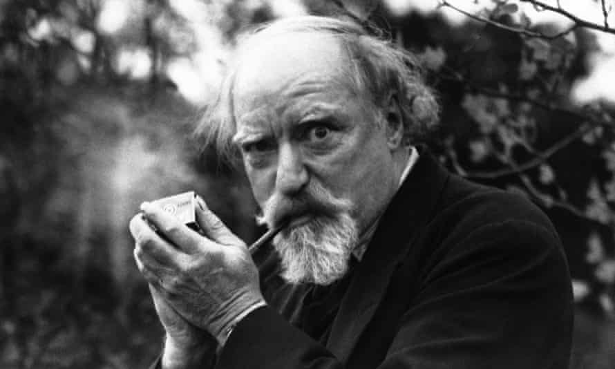 Augustus John, one of the official artists at the Paris peace conference, photographed in 1938