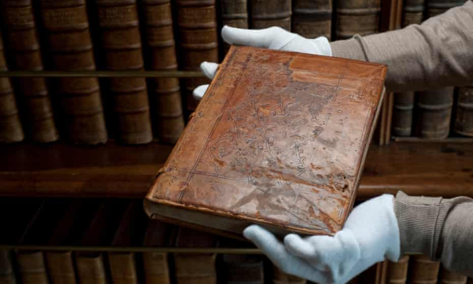 The book is a summary of the theories of the medieval philosopher and theologian William of Ockham.