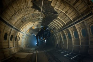 British Waters Wide Angle THIRD: 'Tunnel Vision' - Steve Jones This image was taken during pre-launch trials of the Orcalight, the most powerful battery powered LED dive lamp in the world