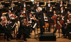 Sir Simon Rattle conducts the Berlin Phi
