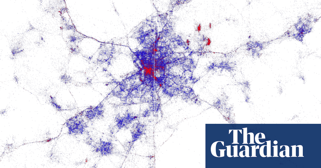 Tourists v locals: city heat maps show where sightseers flock