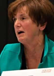 Sharon Kneiss