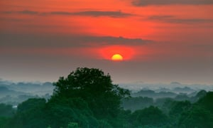Sunrise over the Amazon Rainforest, where Natura sources ingredients for its cosmetics and toiletries.