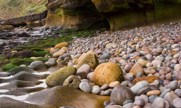 Cladach stony beach