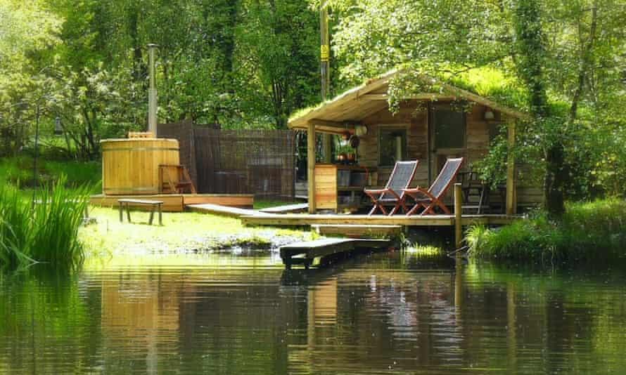 Lakeside cabin, Gwalia Farm