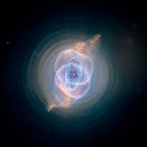 Hubble dying star Cat's Eye Nebula