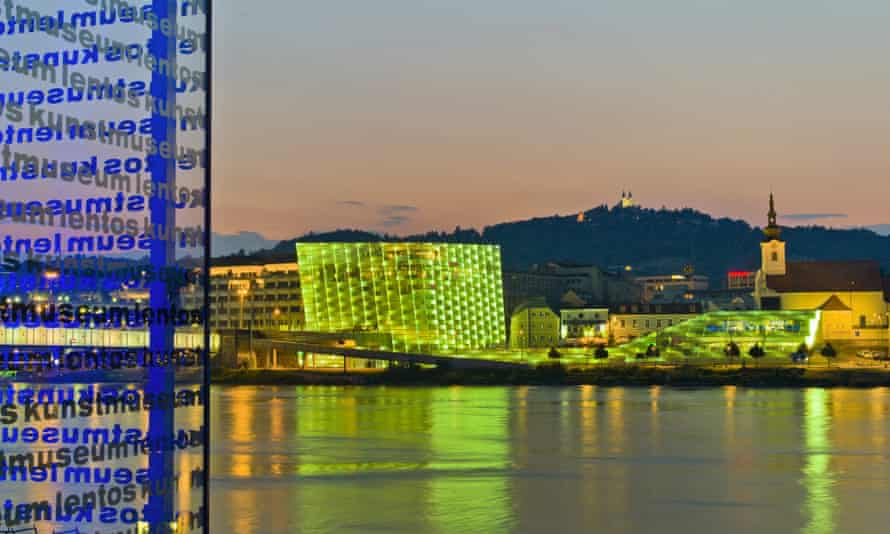 Ars Electronica Center and Postlingberg Church, Linz.