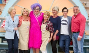 Mary Berry, Jennifer Saunders, Dame Edna Everage, Lulu, Joanna Lumley, Sue Perkins and Paul Hollywood in the The Great Comic Relief Bake Off, 2015