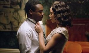 David Oyelowo with Carmen Ejogo as Martin Luther King and Coretta Scott King  in Selma.