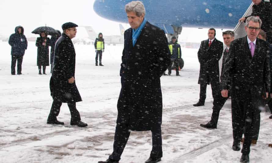 Secretary of state John Kerry arrives in snowbound Kiev