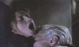 Spike and Buffy in the Smashed episode of Buffy the Vampire Slayer.