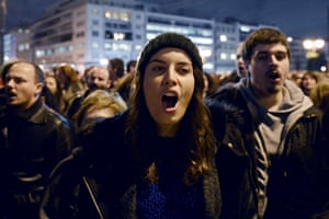 Crowds gather in front of the Greek parliament in Athens on February 5, 2015  in support of the new anti-austerity government's efforts to renegotiate Greece's international loans.