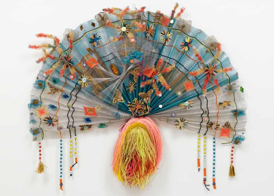 Zanzidae Peacock Series, 1979 - a work by Lynda Benglis in wire mesh, enamel, glass and plastic.