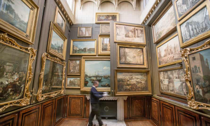 The Sir John Soane's Museum has 43,000 items in its collection.