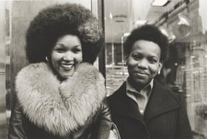 High Street Kensington, 1976