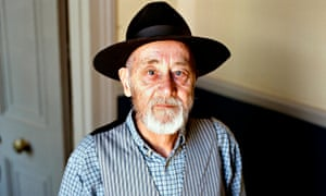 The late Alan Sillitoe at his Notting Hill home in 2008.
