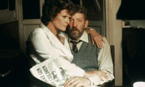 Janet Suzman and Donald Sutherland as Susan and Ben du Toit in the 1989 film of A Dry White Season.