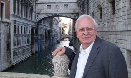 Ernesto Laclou