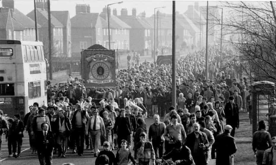 """Approaching the pit gates at Markham Maine in Armthorpe near Doncaster. """"After 12 months out, we ceremonially marched back to work, though personally I didn't as we hadn't won and didn't think it appropriate. Just bitterness I suppose"""""""