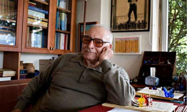 Yasar Kemal at his home in Istanbul, Turkey, in 2008.