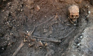 The skull and bones of Richard III at the discovery site.